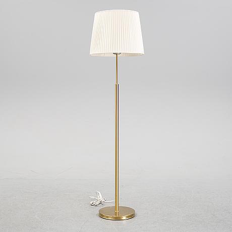 Josef frank, a model 2148 brass floor light, firma svenskt tenn.