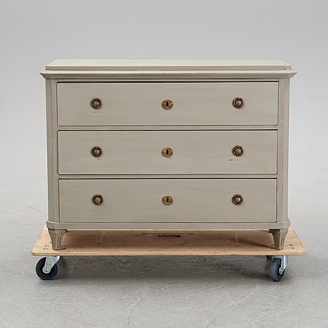A painted 19th century chest of drawers.