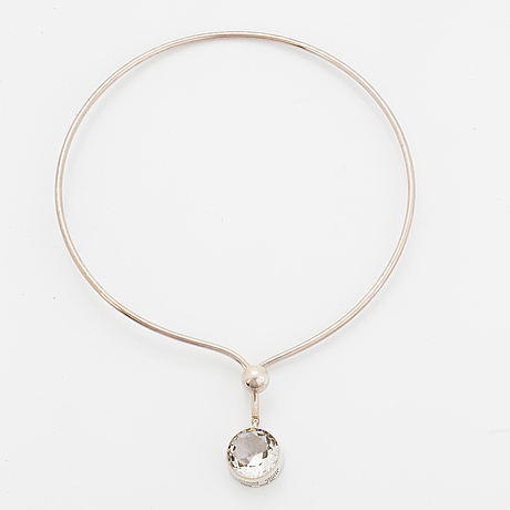 Sterlingsilver and rock crystal necklace.