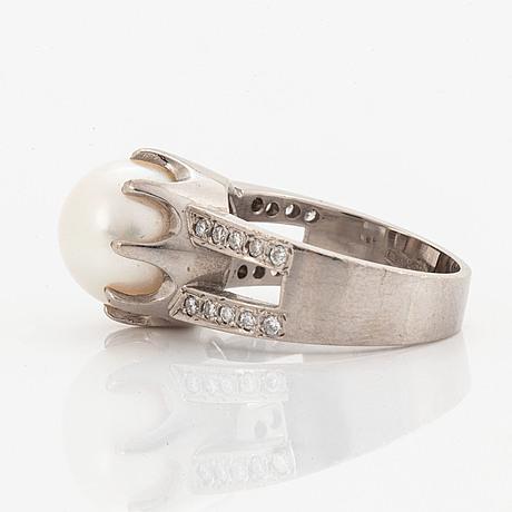 Cultured pearl and brilliant-cut diamond ring.