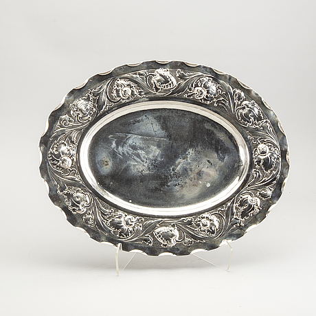 A baroque style silver dish from 1930.