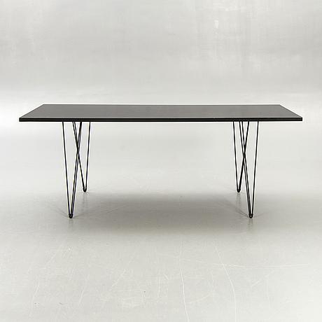 "Andries & hiroko van onck, table,   ""tavolo xz3"" for magis."