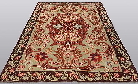 A carpet, kilim bessarabisk, ca 313 x 192 cm.