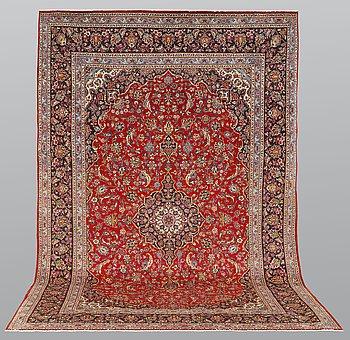 A carpet, Kashan, ca 370 x 250 cm.