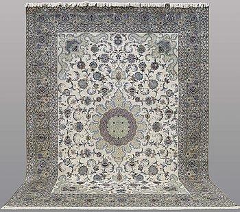 Matta, Royal Kashan, ca 432 x 313 cm.