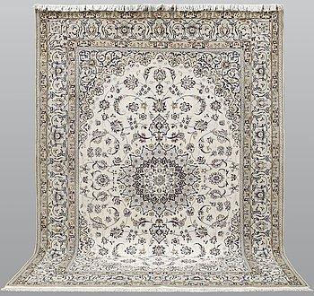Matta, Nain part silk sk 9LAA,   342 x 255 cm.