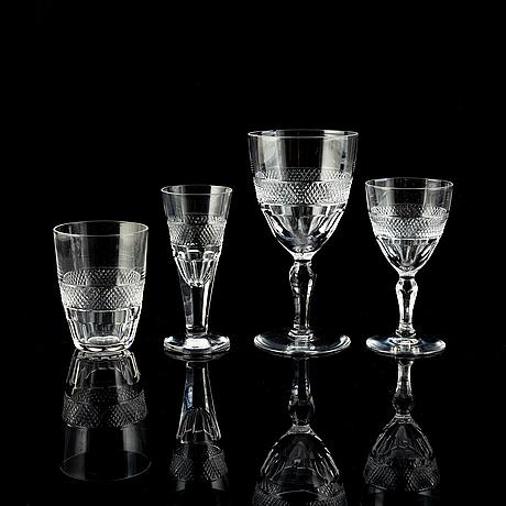 A 73 pcs glass service, 20th century.