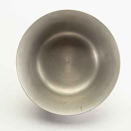 Firma svenskt tenn, a 1967 pewter bowl.