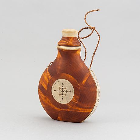 A sami birch and rendeer horn salt bottle, 1968.