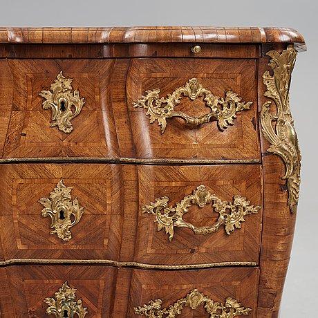 Byrå, av christian linning (mästare i stockholm 1744-1779), rokoko.