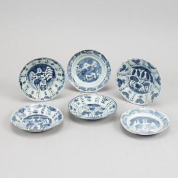 A set of six blue and white kraak dishes, Ming dynasty, Wanli (1572-1620).