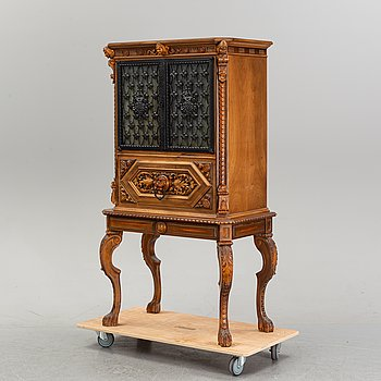 A bar cabinet, second half of the 20th century.