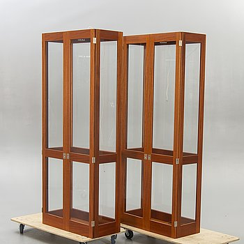 Göran Malmvall, display cabinet, 2 pcs, KA72 for Karl Andersson & Söner, later part of the 20th century.