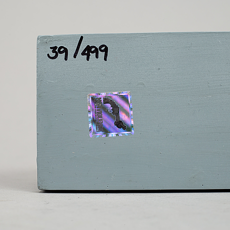 Carl-fredrik reuterswärd/ the non-violence project foundation, a polyresin sculpture 2013, certificate numbered 39/499.