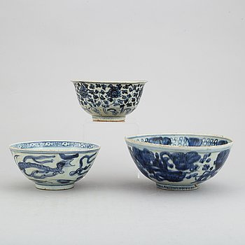 Three blue and white bowls for the south east asian market, Ming dynasty (1368-1644).