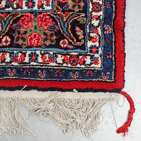 A carpet, so called rose bidjar, ca 337 x 226 cm.