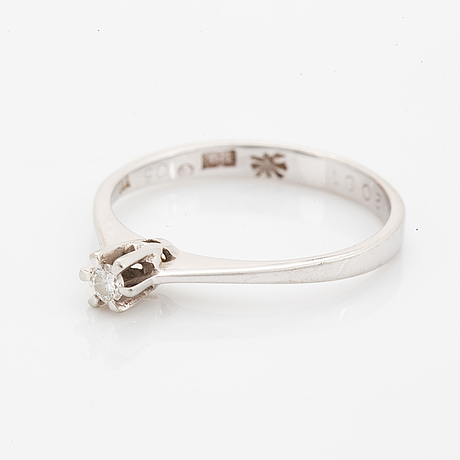 Small brilliant-cut diamond ring.