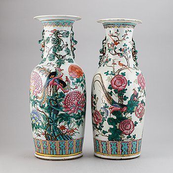 A pair of chinese famille rose decorated vases, 20th century.