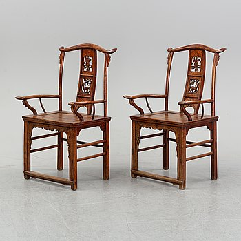 A pair of chinese armchairs, 20th century.