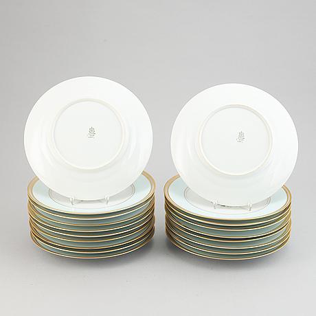 Bing & grøndahl, dinner plates, 19 pieces, 20th century.