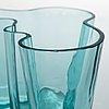 Alvar aalto, a '9750' vase karhula glassworks in production 1937-1949.