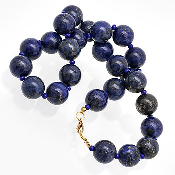 Necklace lapis lazuli beads approx 16 mm and smaller glassbeads, clasp metal, approx 48 cm.