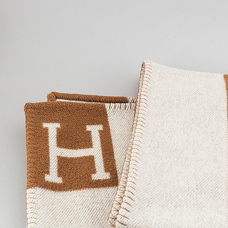 Hermès, a woll and cashmere blanket.