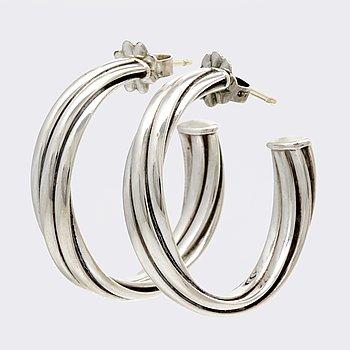 Tiffany & Co, örhängen silver, creoler, design Paloma Picasso, diameter ca 25 mm, original ask och dustbag.