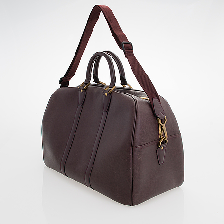 Louis vuitton, 'taiga kendall pm' bag.