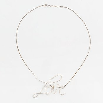 """An Ebba Brahe necklace """"Love""""."""