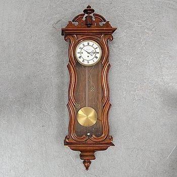 A Wienese regulator wall clock from Gebrüder Resch, late 19th Century.