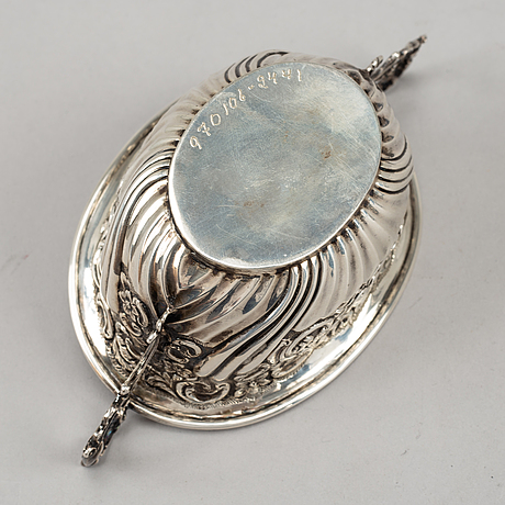 Henry matthews, teservis, 3 delar, silver, rokokostil, birmingham, england 1893.