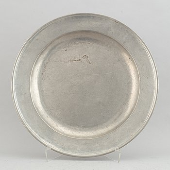 A 19th Century pewter dish, London, England.