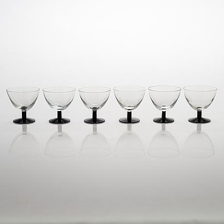 Saara hopea, a set of 12 mid 1900s cocktail glasses, model 2126, nuutajärvi notsjö, finland.