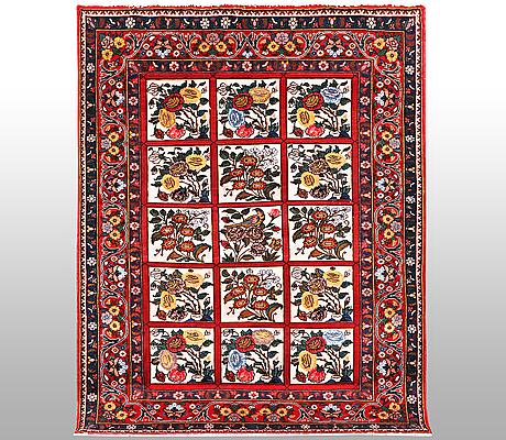 A carpet, bakthiari, ca 190 x 140 cm.
