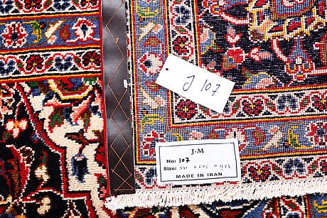 A carpet, kashan, ca 390 x 292 cm.