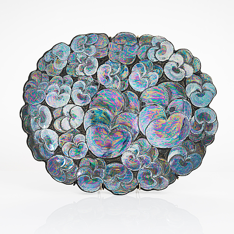 Birger kaipiainen, a stoneware decorative plate signed kaipiainen arabia.