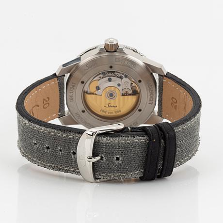 Sinn, 104 st sa a b e, wristwatch, 41 mm.