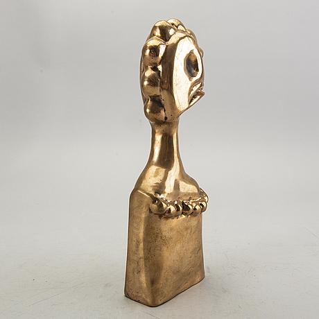 Svend ritter, a bronze sculpture.