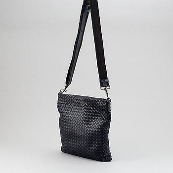 Bottega Veneta, messenger bag.