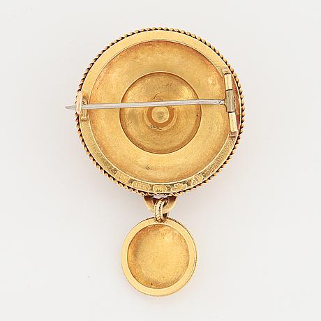 Otto roland mellin, guldbrosch med pärlor, 1875.