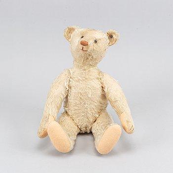A steiff teddy bear, Germany, mid 20th century.