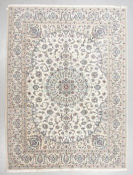 A carpet, old, Nain, 9 LAA, part silk, ca 336 x 248 cm.