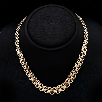 Gold necklace, 18K, graduated. 59,4 g, approx 43 cm, widest part approx 1,5 cm.