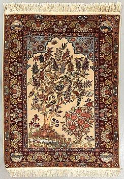 A silk Kashan carpet ca 189 x 140 cm.