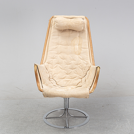 A 'jetson' swivel easy chair by bruno mathsson for dux, designed 1969.