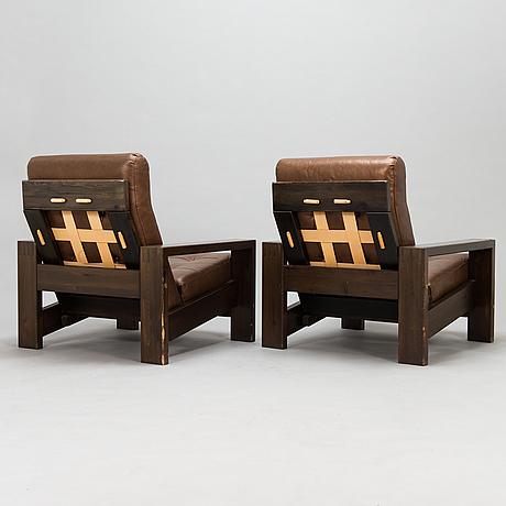Fåtöljer, ett par, tillverkare oripuu, 1900-talets slut.