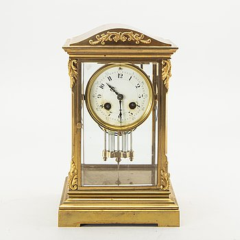 An early 1900s table clock.