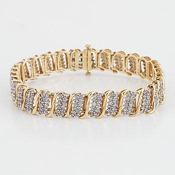Armband guld med åttkantslipade diamanter.