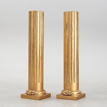 A pair of cloumn shaped pedestals, early 20th Century.